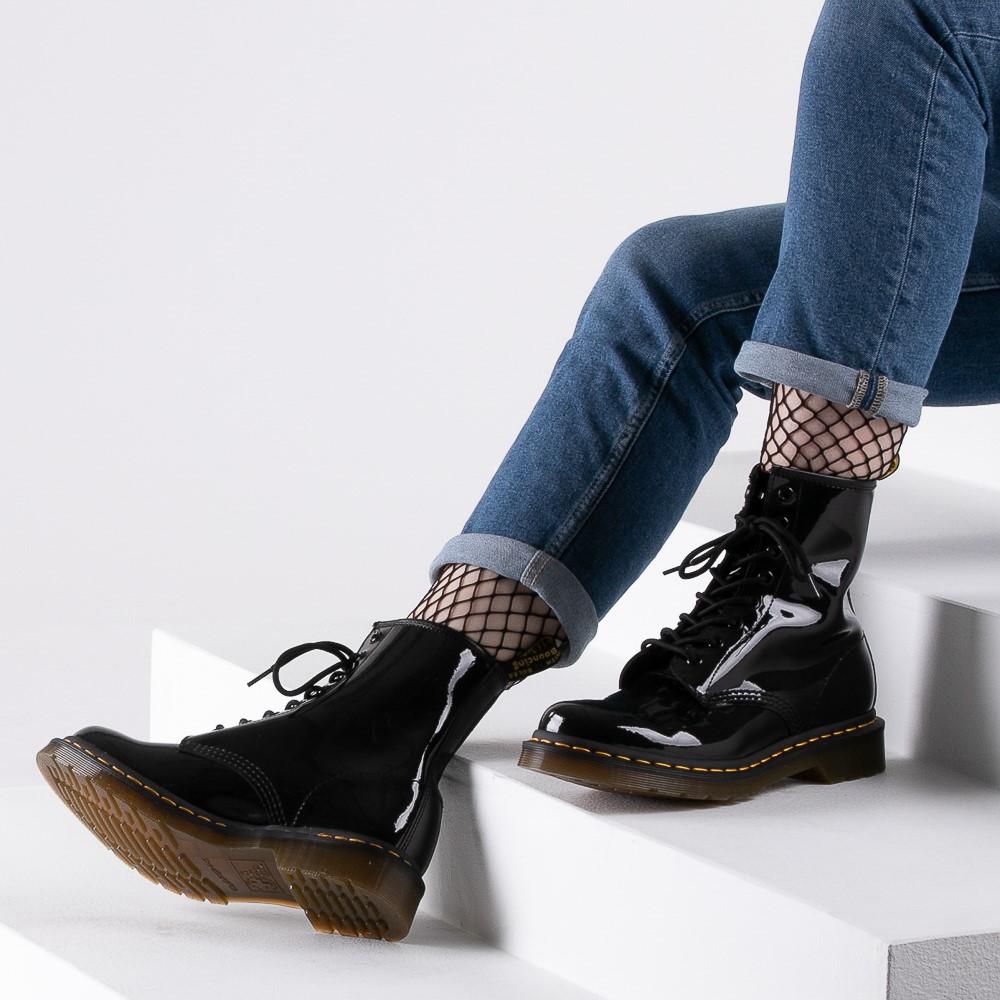 dr martins black shoes