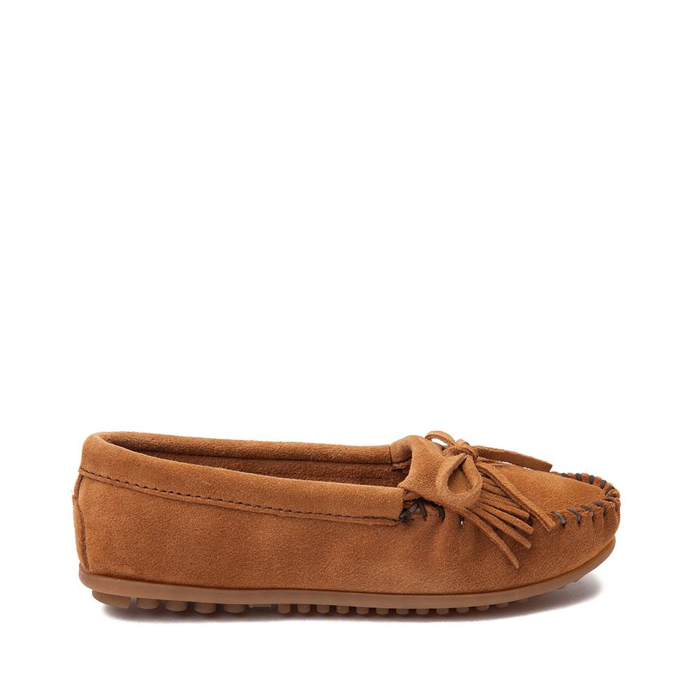 Womens Minnetonka Kilty Casual Shoe - Taupe