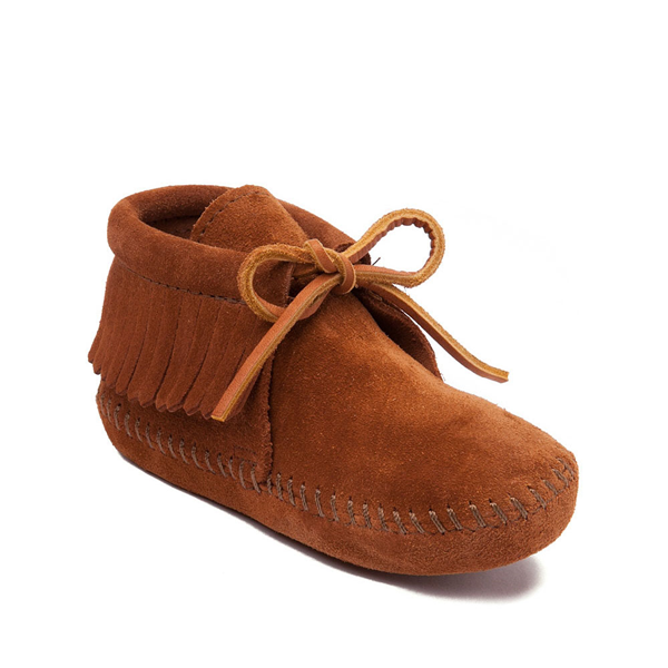 alternate view Minnetonka Classic Fringe Boot - Little Kid - BrownALT5
