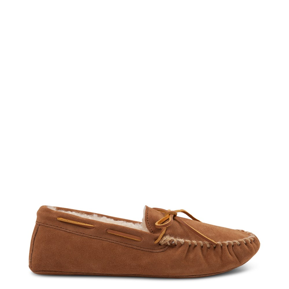 Mens Minnetonka Sheepskin Softsole Moccasin Slipper - Tan