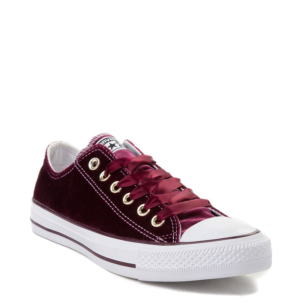 e3b2be0c0a708a Converse Chuck Taylor All Star Lo Velvet Sneaker