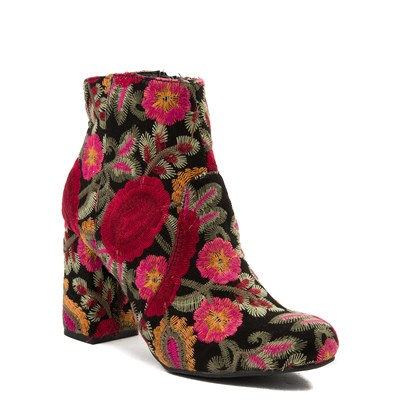 Alternate view of Womens MIA Vail Ankle Boot