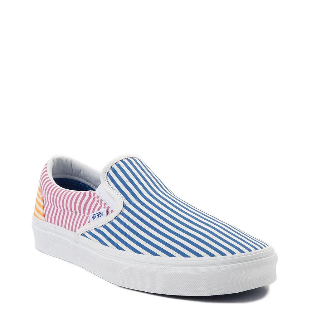 e28f0d72b9fc16 Vans Slip On Deck Club Skate Shoe