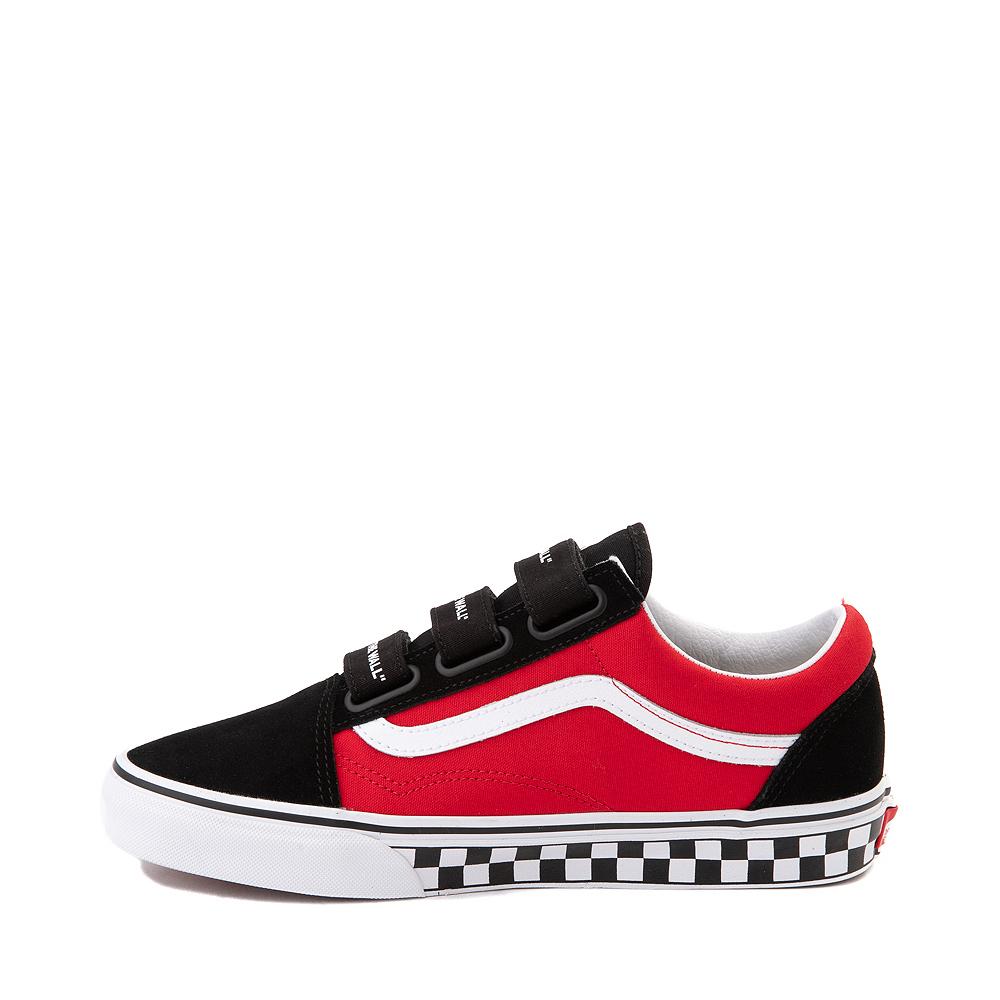 Vans Old Skool V Logo Pop Skate Shoe - Red / Black