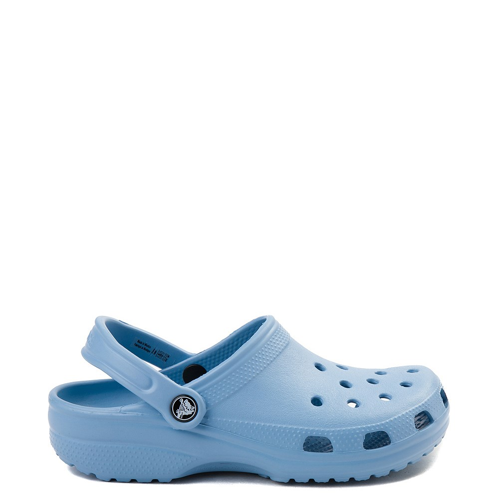 Crocs Classic Clog in Chambray Blue