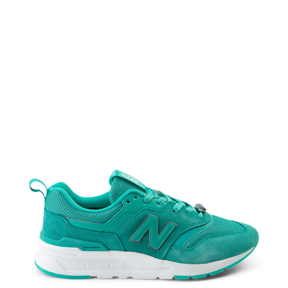 Womens New Balance 997H Athletic Shoe