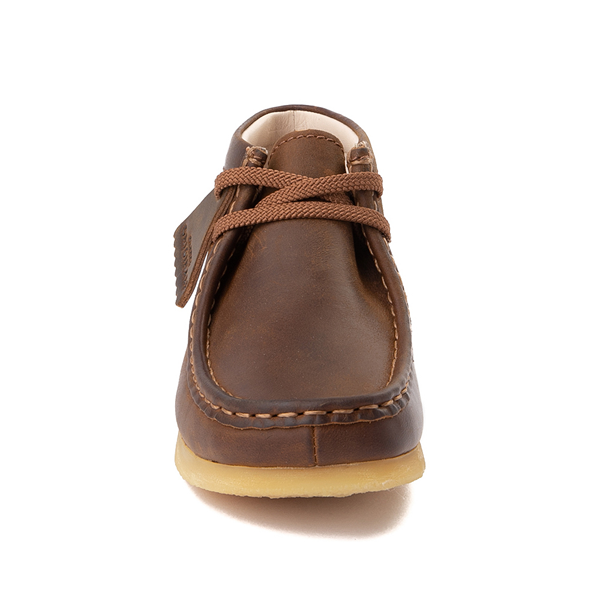 alternate view Clarks Originals Wallabee Chukka Boot - Little Kid - BrownALT4
