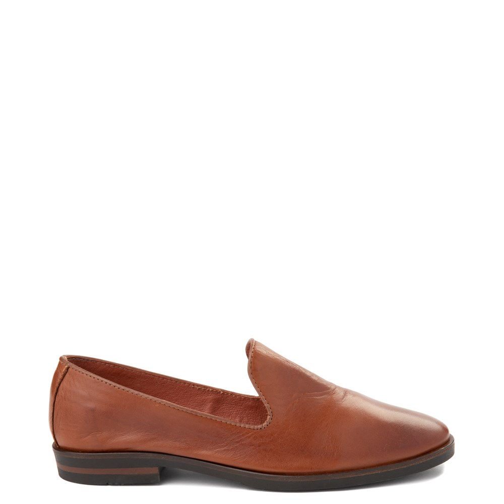 Womens Little Burgundy Ava Slip On Casual Shoe