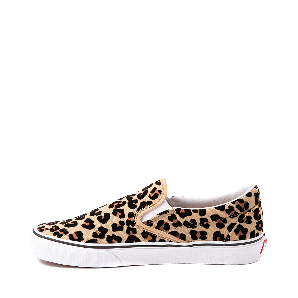 Abituale Stazione Dove  Vans Slip On Skate Shoe - Leopard | Journeys