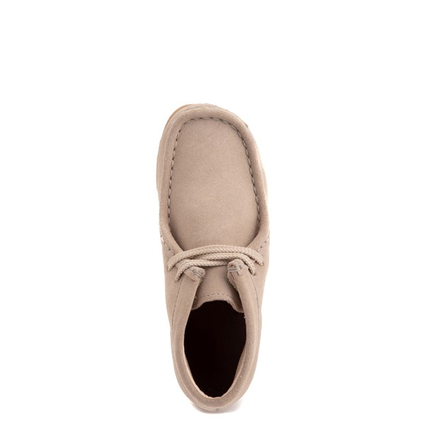 alternate view Clarks Originals Wallabee Chukka Boot - Little Kid - SandALT2
