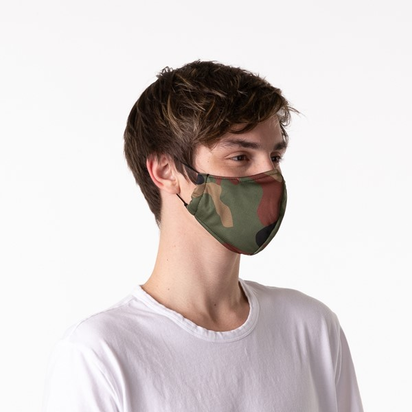 alternate view Herschel Supply Co. Classic Fitted Face Mask - CamoALT4