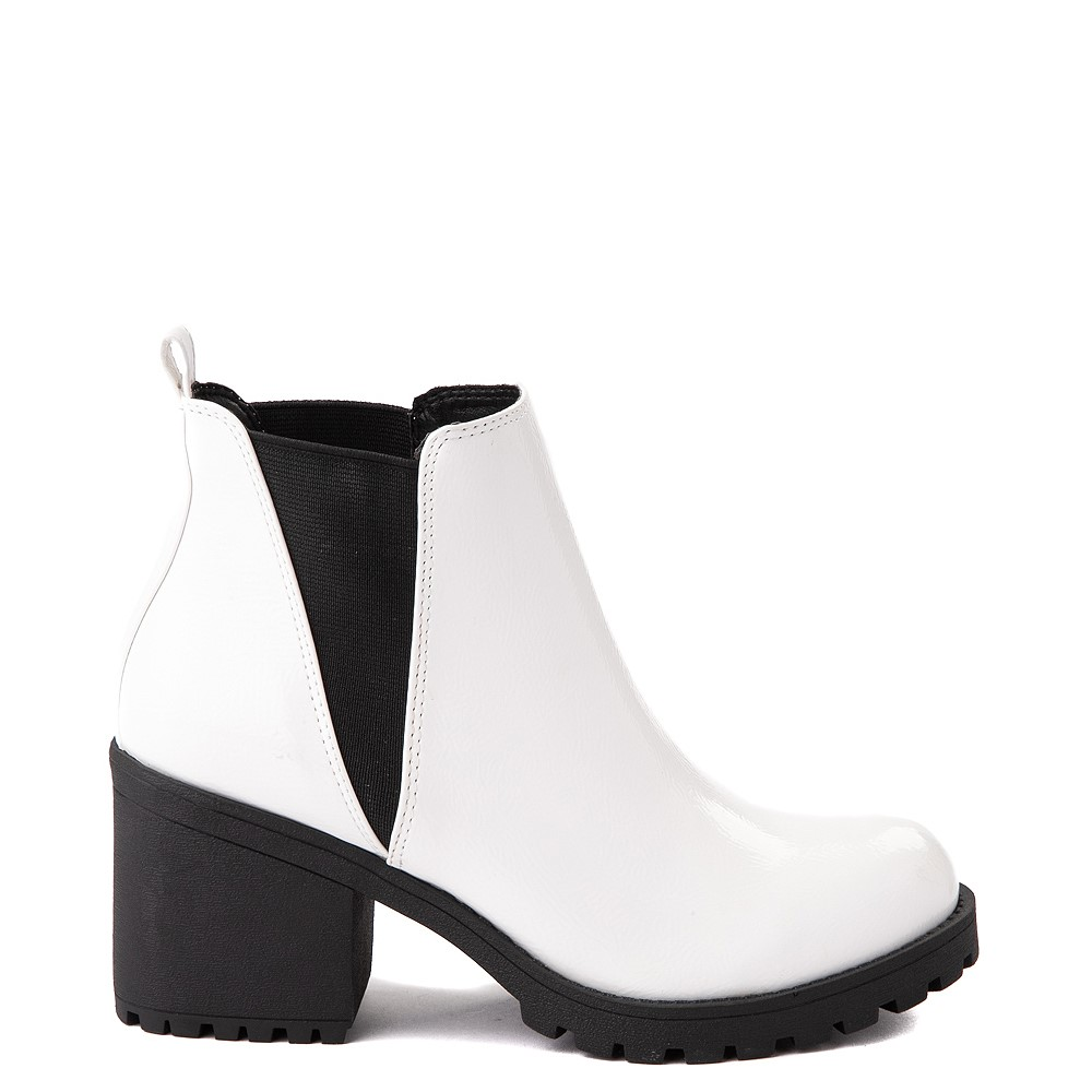 Womens Dirty Laundry Lisbon Chelsea Boot - White