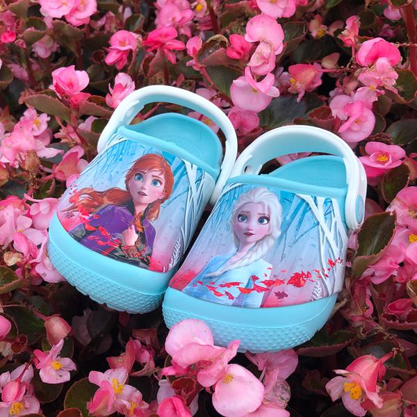 alternate view Crocs Fun Lab Disney Frozen II Clog - Baby / Toddler / Little Kid - Ice BlueALT1C