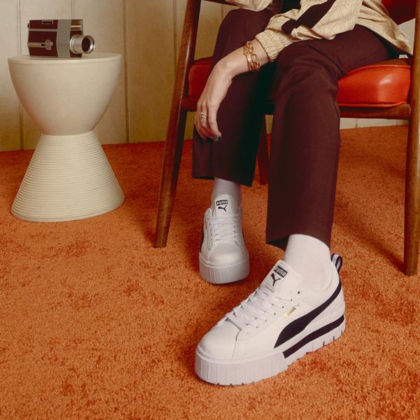 alternate view Womens Puma Mayze Platform Athletic Shoe - White / BlackALT1C