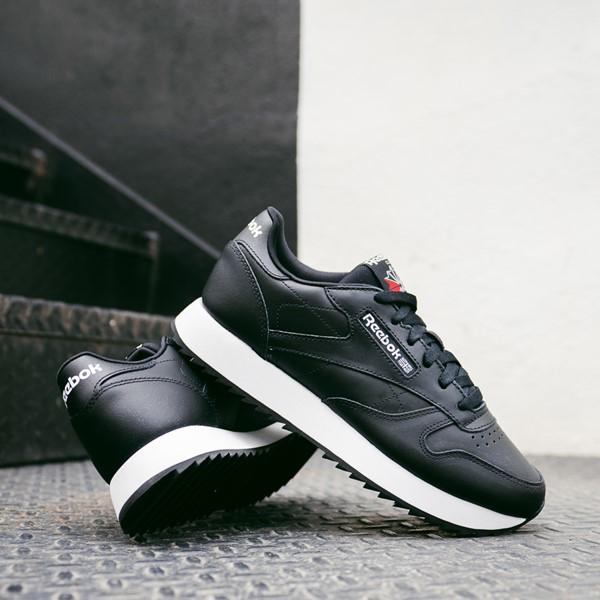alternate view Womens Reebok Classic Leather Ripple Athletic Shoe - BlackALT1C