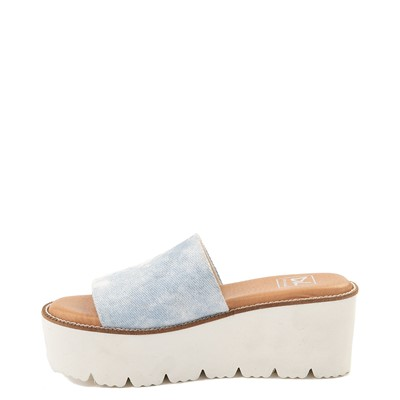 Alternate view of Womens Dirty Laundry Pivot Platform Slide Sandal - Blue