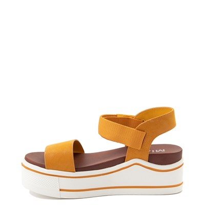 Alternate view of Womens MIA Odelia Platform Sandal - Mustard