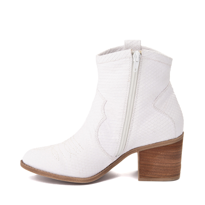 Alternate view of Womens Dirty Laundry Unite Western Boot - White